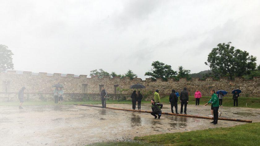 Dvě těžká vítězství v deštivém dni